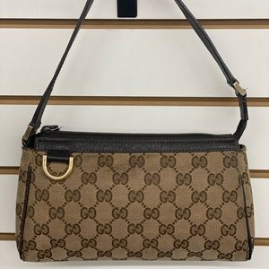Gucci Abbey Signature D-Ring Pochette